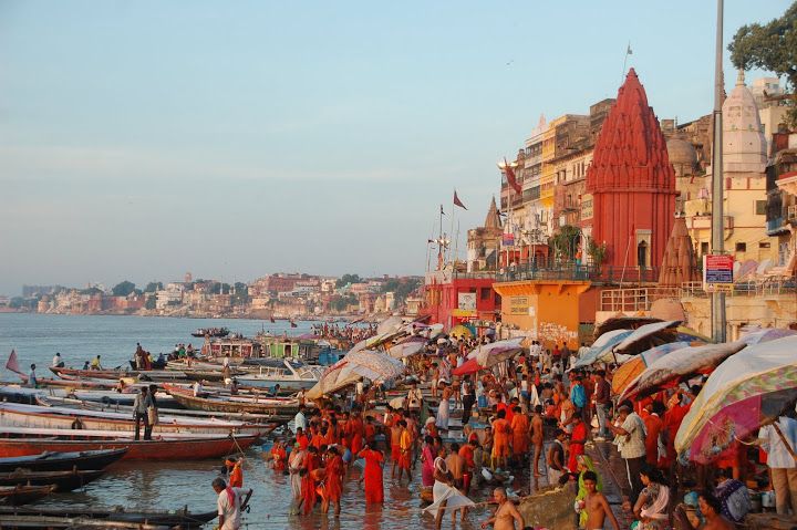India - Varanasi - Main Ghat