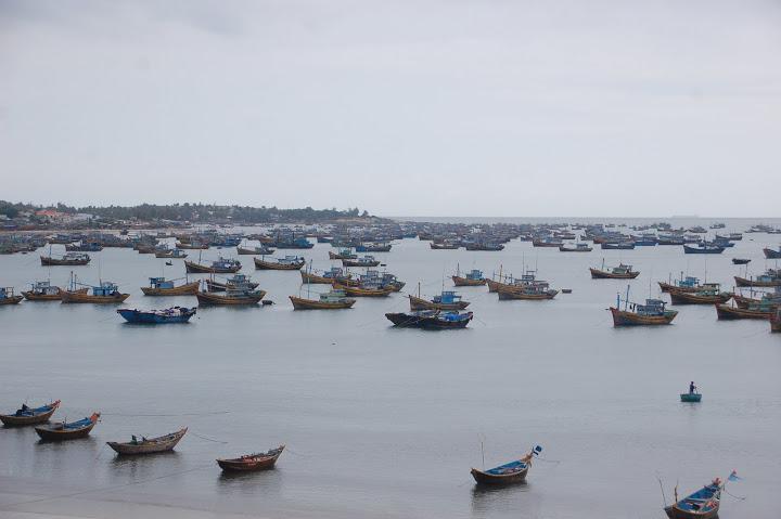 Vietnam - Mui Ne - Boats