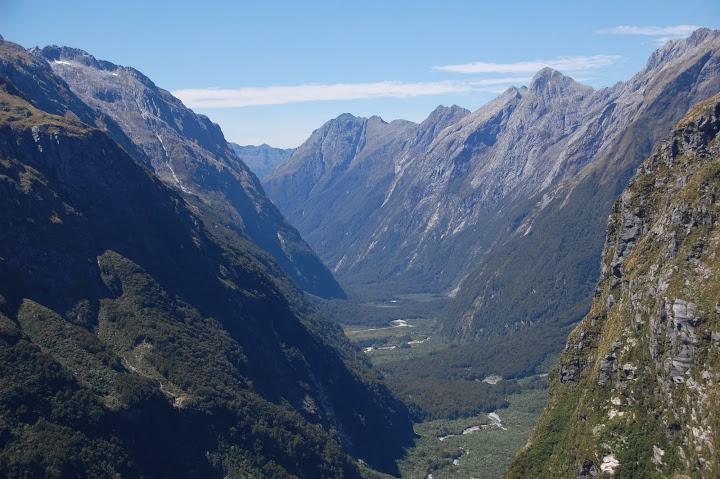 New Zealand - Milford Track - Mackinnon Pass
