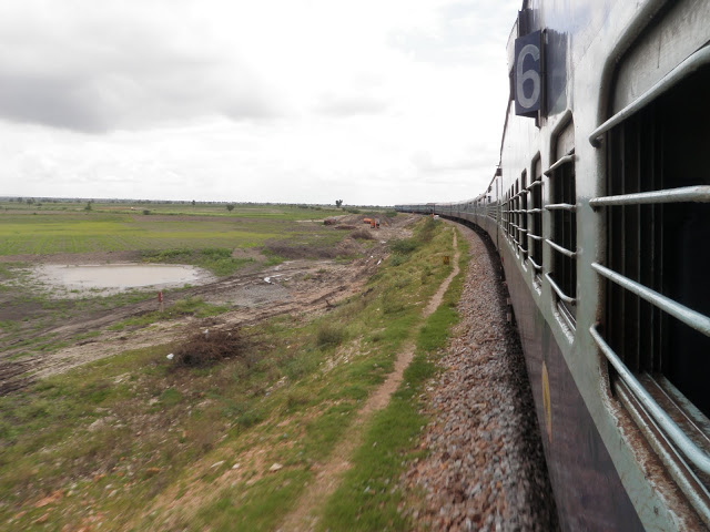 India - Riding the Indian Rail