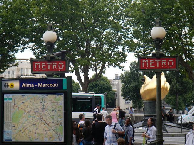 France - Paris - Metro Station