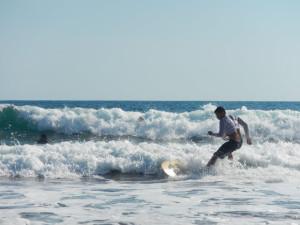 El Salvador - El Tunco - Surfing