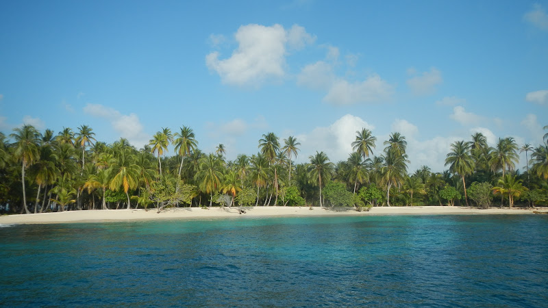 Panama - Sailing - Secluded Beach