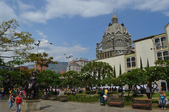 Colombia - Medellin - Plaza Botero