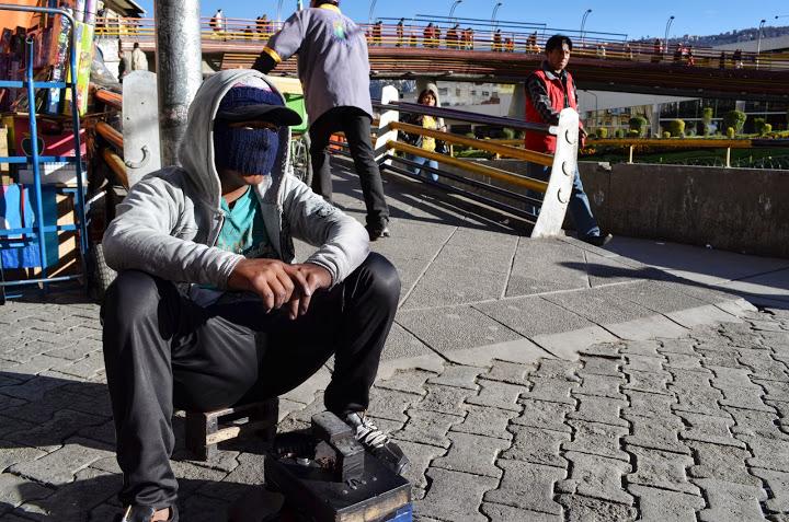 Bolivia - La Paz - Shoe Shiner